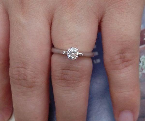 看懂自己手上那閃閃發亮的鑽石了嗎 ? 鑽石該如何看真假? 如何判定等級?專業鑽石收購 免費估價鑑定