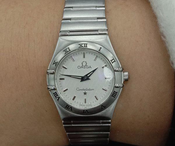 台中流當手錶拍賣 美品 原裝 Omega 星座 石英 女錶 9成5新 喜歡價可議 ZR476