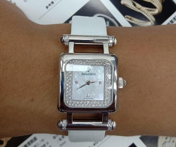 台中流當手錶拍賣 原裝 Audemars Piguet AP 愛彼 18K金 鑽圈 石英 女錶 附保單 喜歡價可議 ZR499